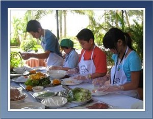 Vietnam adoptees learning to cook Vietnamese cuisine